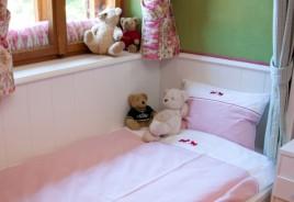"""Kinderbettwäsche 2teiliges Set """"Plisch und Plum"""" rot"""